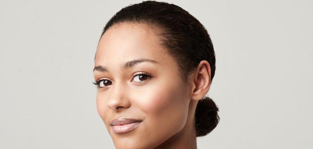 3-astuces-pour-affiner-votre-visage-1024x489.jpg