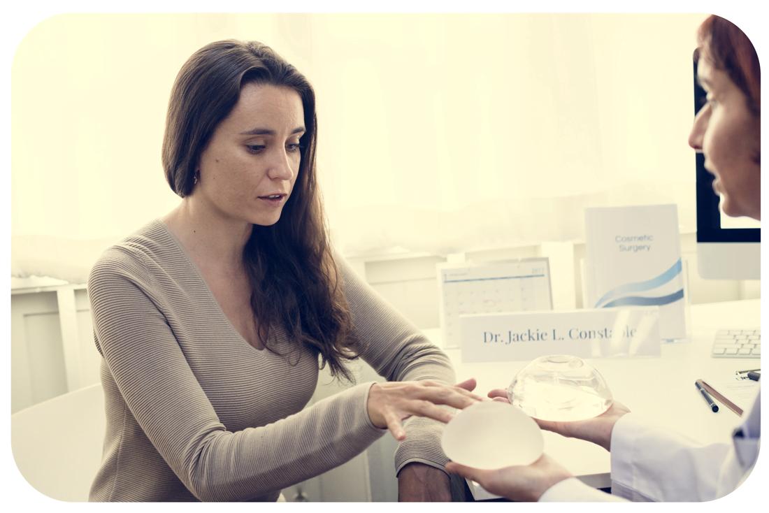 Comment choisir la taille correcte pour mon implant mammaire